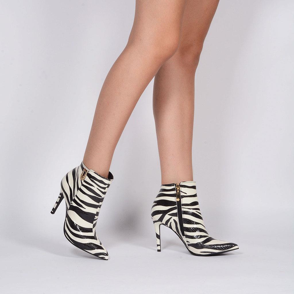 Bota cano curto Zebra P&B I19 3
