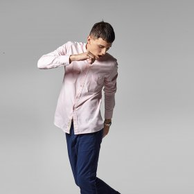 Imagem - Camisa Aragäna masculina slim bolsos rosa  - 2.2704