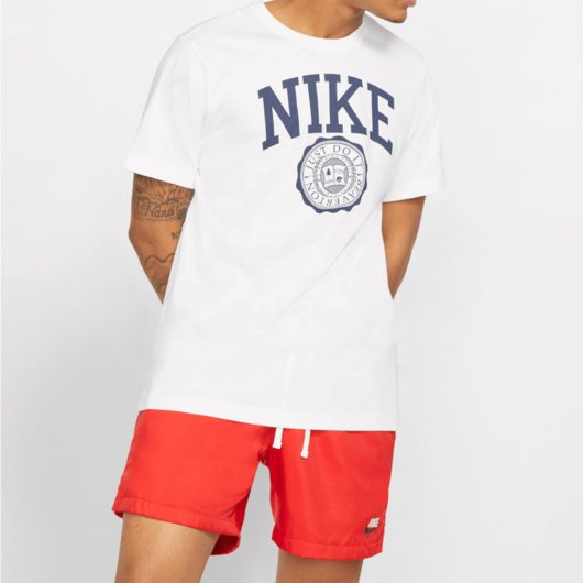 Camiseta Nike Sportswear Unissex