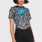 Imagem - Camiseta Nike Sportswear Heritage Floral