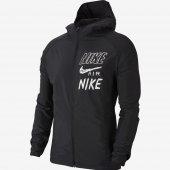 Imagem - Jaqueta Nike Essential HBR