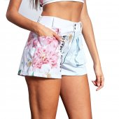 Imagem - Shorts Labellamafia Neutral Flowers