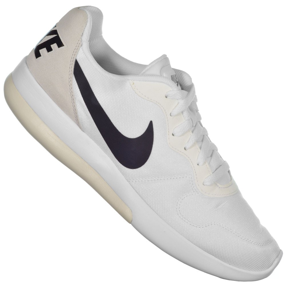 Tênis Nike MD Runner 2 LW 83df881c8c32e