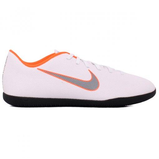 Tênis Indoor Nike Vaporx 12 Club AH7385-107 Branco/Laranja