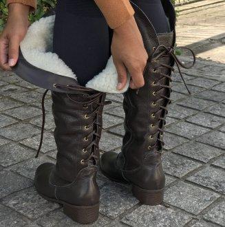Imagem - Bota couro com ajuste de largura forro em lã São Joaquim
