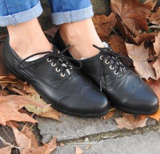 Imagem - Sapato em couro modelo Napolitano forrado em lã
