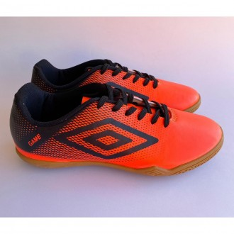 Imagem - Tenis Futsal Umbro U01fb005027 011 Game Coral/preto - 8U01FB005027011510001507