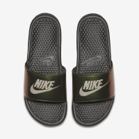 Imagem - Chinelo Slide Nike Benassi Just Do It Print 618919-012  - 056343