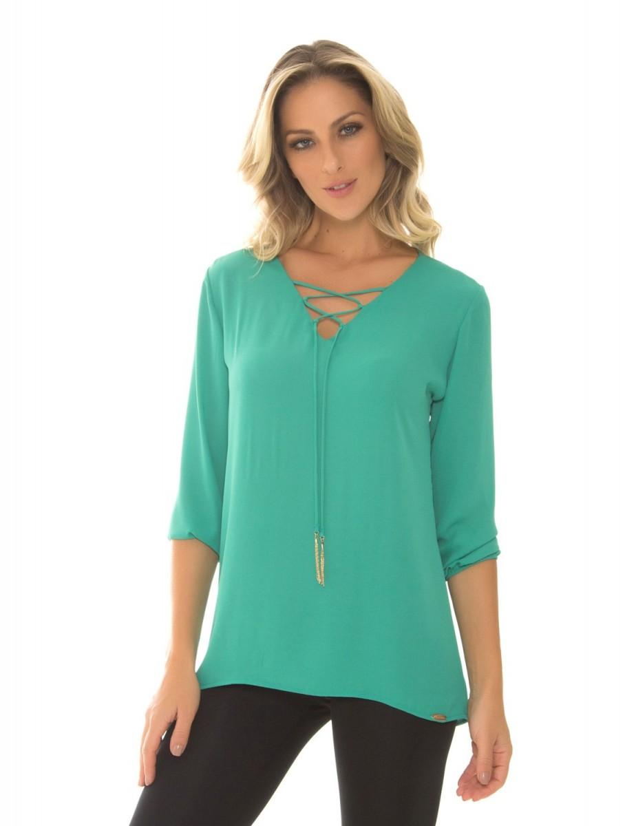1213763647 Bizz Store - Blusa Crepe Feminina Recco Preta Verde Estampada