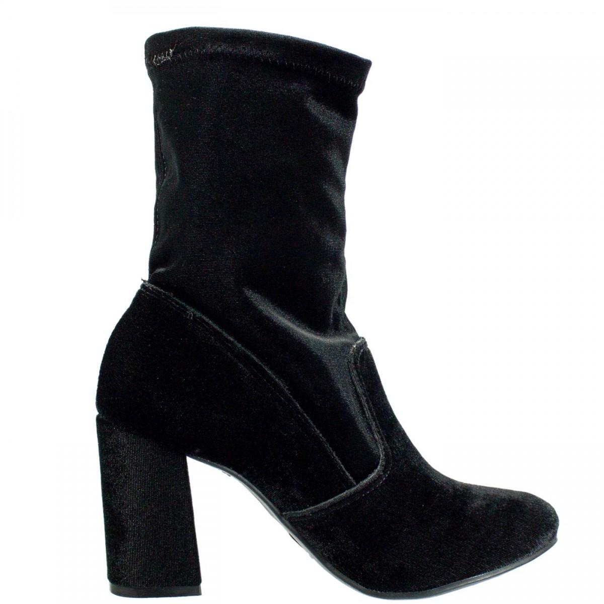 085ccc382 Bizz Store - Bota Feminina Via Marte Veludo Stretch Salto Grosso