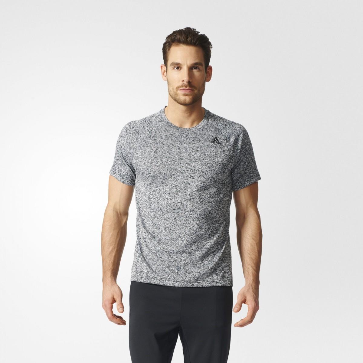 05fa5c886c4 Bizz Store - Camiseta Masculina Adidas D2M Heathered Manga Curta