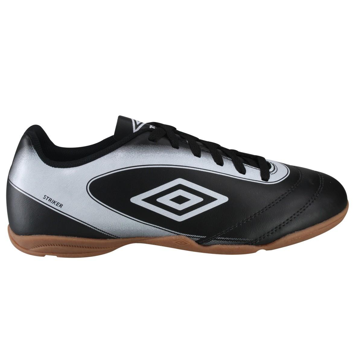 Bizz Store - Chuteira Para Futsal Umbro Indoor Striker Masculina 980400ac74196