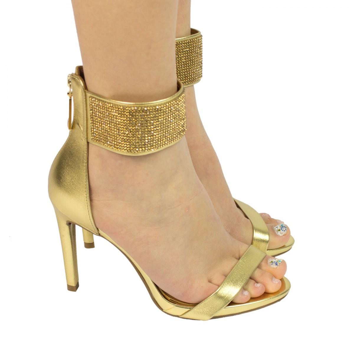 6a2dd4ba15 Bizz Store - Sandália Feminina Vizzano Salto Alto Dourada Glamour
