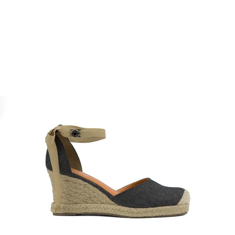 a6cbc99a35 Bizz Store - Sandália Kipling Jeans Sarja Donna Salto Anabela