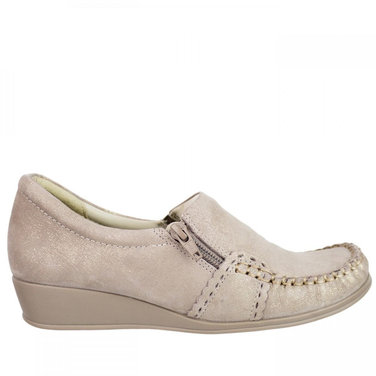 35762a2aac Bizz Store - Mocassim Feminino Comfortflex Salto Anabela Bege