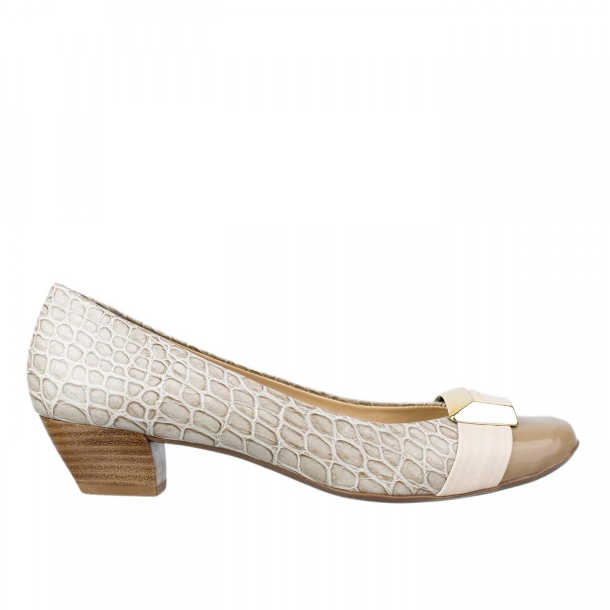 67b2ebc99 Bizz Store - Sapato Feminino Jorge Bischoff Salto Baixo Couro