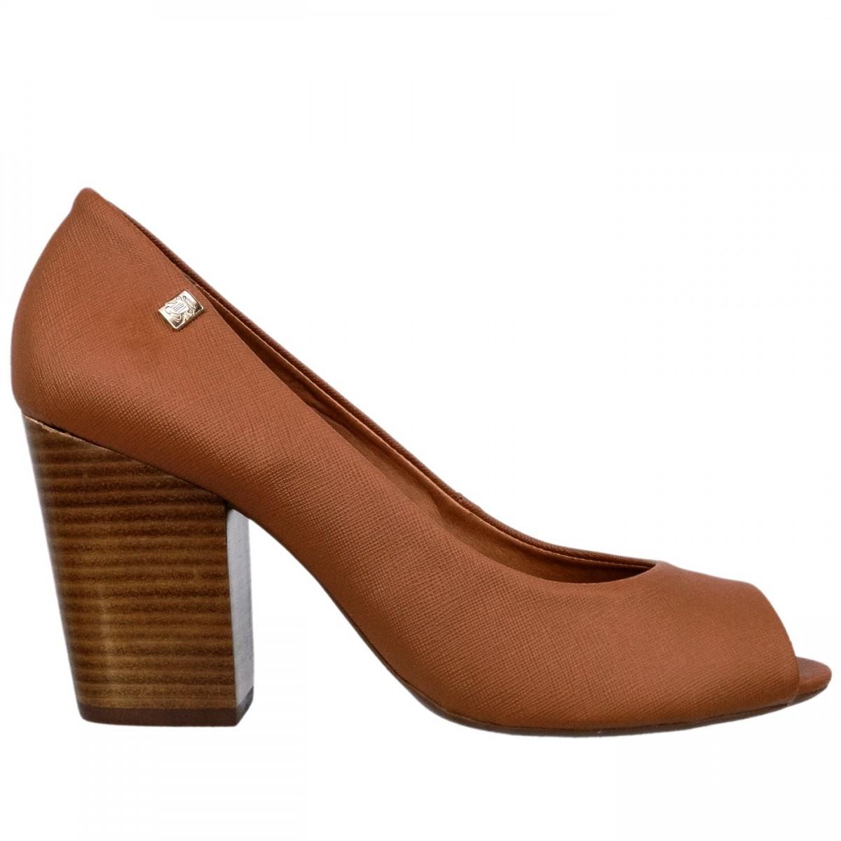 13b6e72775dcb Bizz Store - Sapato Peep Toe Feminino Loucos e Santos Verniz Nude