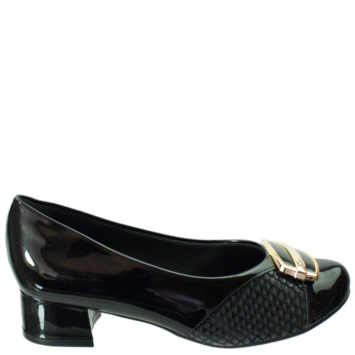 6eb7153cd6f2f Bizz Store - Sapato Feminino Piccadilly Joanete Verniz