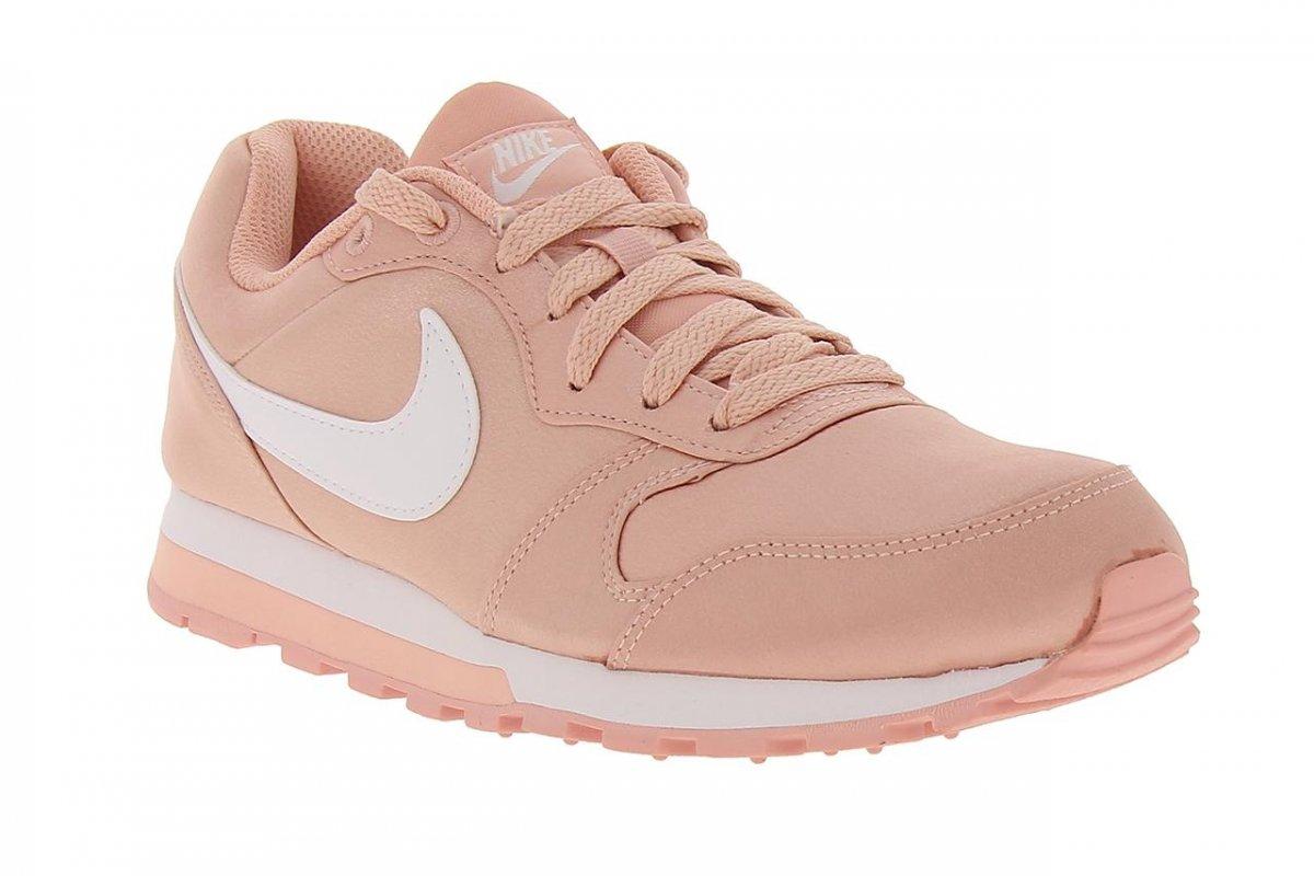 03c2cf727b6ef Bizz Store - Tênis Feminino Nike MD Runner 2 Corrida