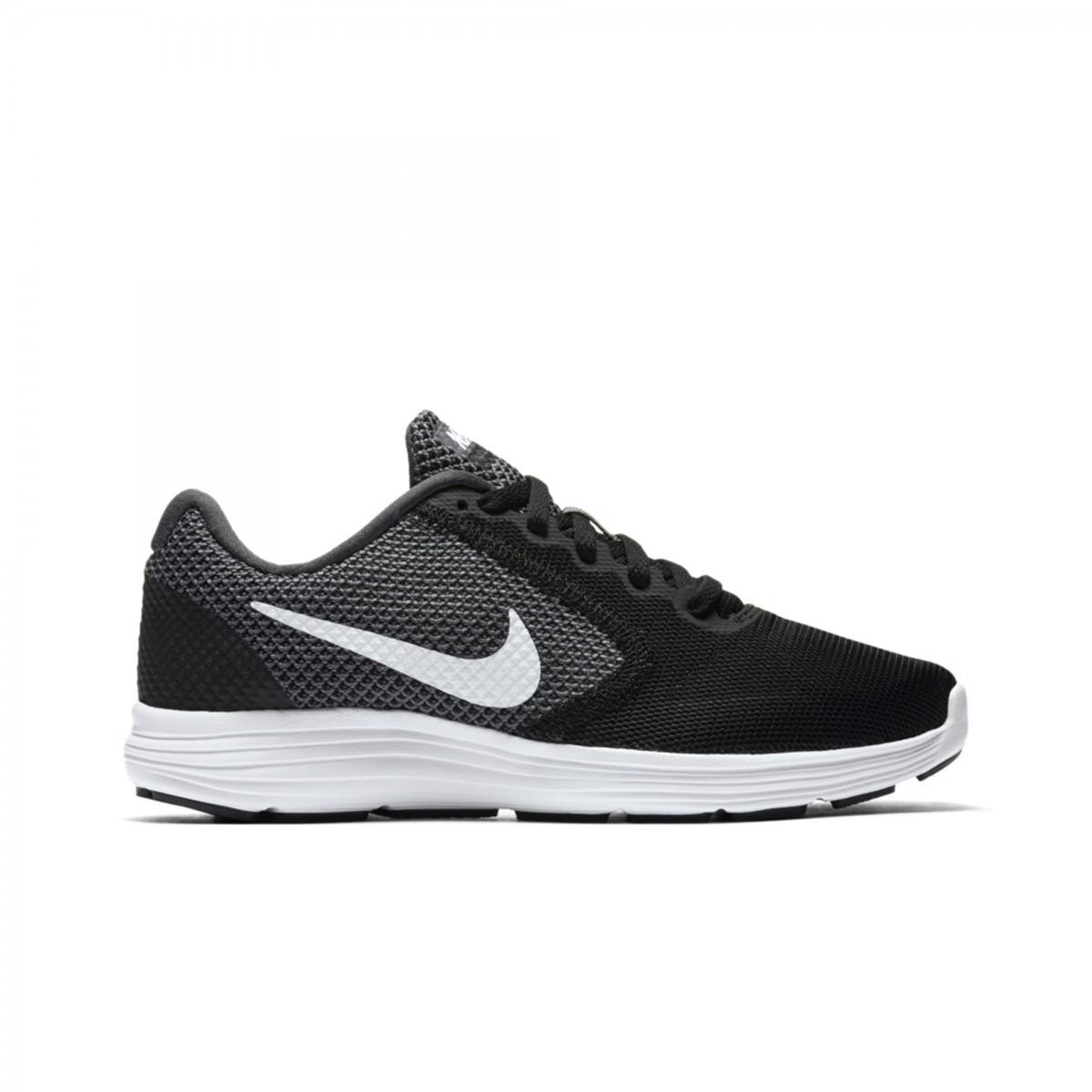 13d604b435 Bizz Store - Tênis Feminino Nike Revolution 3 Preto Corrida