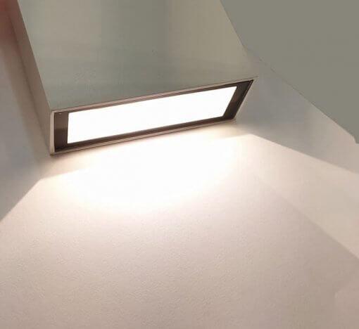 Arandela Externa Efeito 2 Fachos Duplo LED 4W IP65 3000K