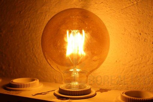 Lâmpada Filamento LED G95 8G 6W E27 Âmbar 2300K Bivolt Vintage Retrô