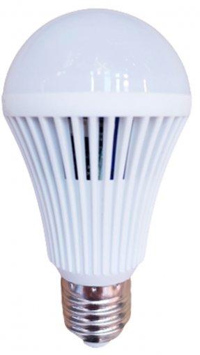 Lâmpada LED Bulbo Emergência 7W LED E27 Bivolt Luz Branca 6500K