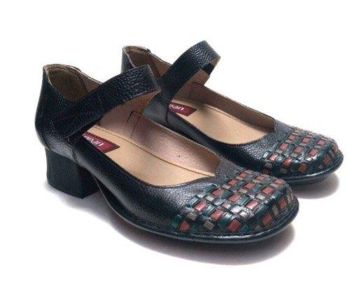 Sapato Em Couro Estilo Boneca J. Gean CK0118