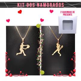 Imagem - Kit Namorados 02 Pingentes Homem e Mulher Tenista Banhado Ouro 18k