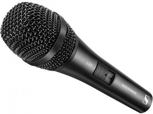Microfone cardioide com corpo em metal, chave on-off, ideal para performance ao vivo | Sennheiser | XS1