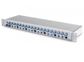 Imagem - Mixer e amplificador padrão rack 19