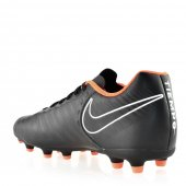 Chuteira Masculina de Campo Nike Tiempo Legend 7 Club FG - AH7251-080