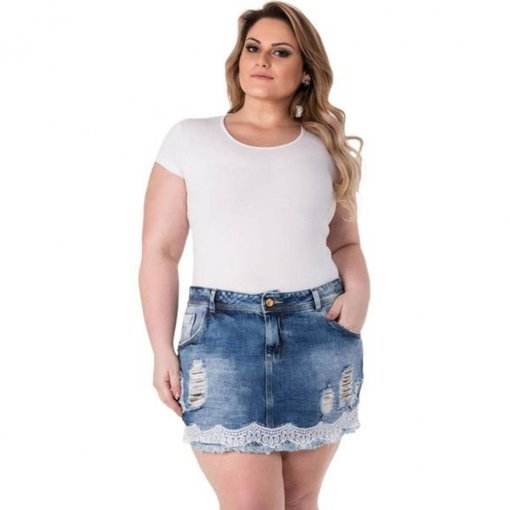 0b56e4e5bc Mini Saia Jeans com Renda Plus Size