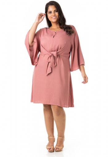 Vestido Crepe Decote V e Amarração Plus Size