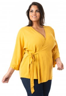 Blusa Feminina com Nó Lateral Plus Size