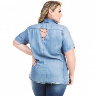 Camisa Jeans Feminina com Detalhe nas Costas Plus Size