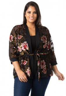 Imagem - Kimono Feminino Floral de Tule e Renda Plus Size
