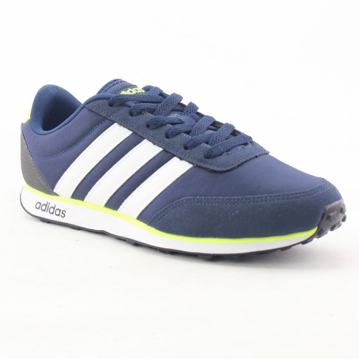5f61c59d4db Tenis Adidas v Racer