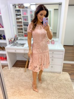 Imagem - Vestido Azirma Longuete de Renda Rose Acompanha Faixa no Mesmo Tecido