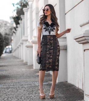 Imagem - Vestido Azirma Longuete Renda P E B Detalhe No Busto