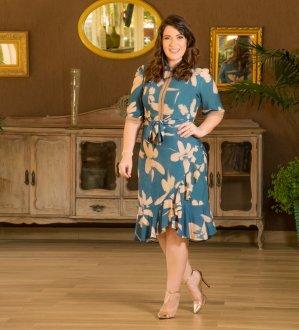 Imagem - Vestido Kauly Plus Size com detalhe de Renda