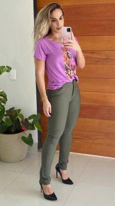 Imagem - Calça Skinny Cós Alto Montaria Tecido Ponto Roma  - Verde Escuro