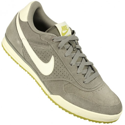 Tênis Nike Field Trainer