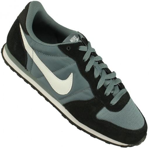 Tênis Nike Genicco