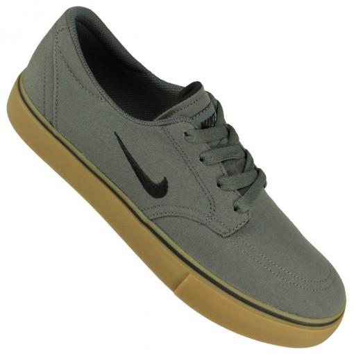 Tênis Nike SB Clutch cc7a688364a