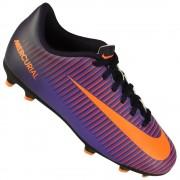 Chuteira - Nike - Atividade Indicada  Futebol Campo - Tamanho 28 - Tipo de  Jogo  Campo 2b75f0285653c