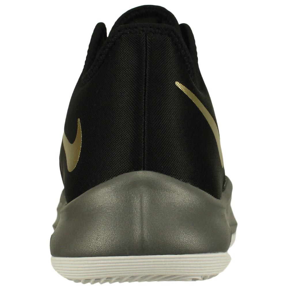 Tênis Nike Air Versitile III 5