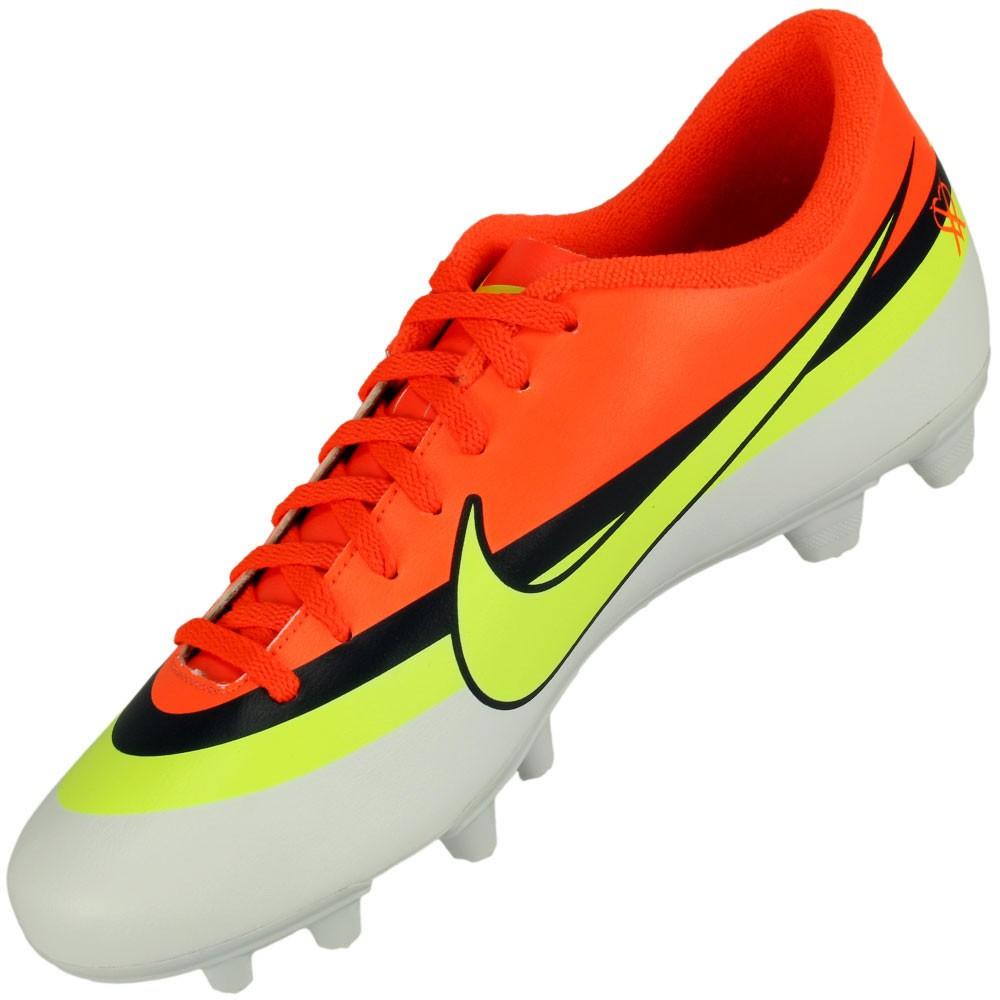 68ba55d9babe2 Chuteira Campo Nike Mercurial Vortex CR FG Masculino Branco Laranja ...