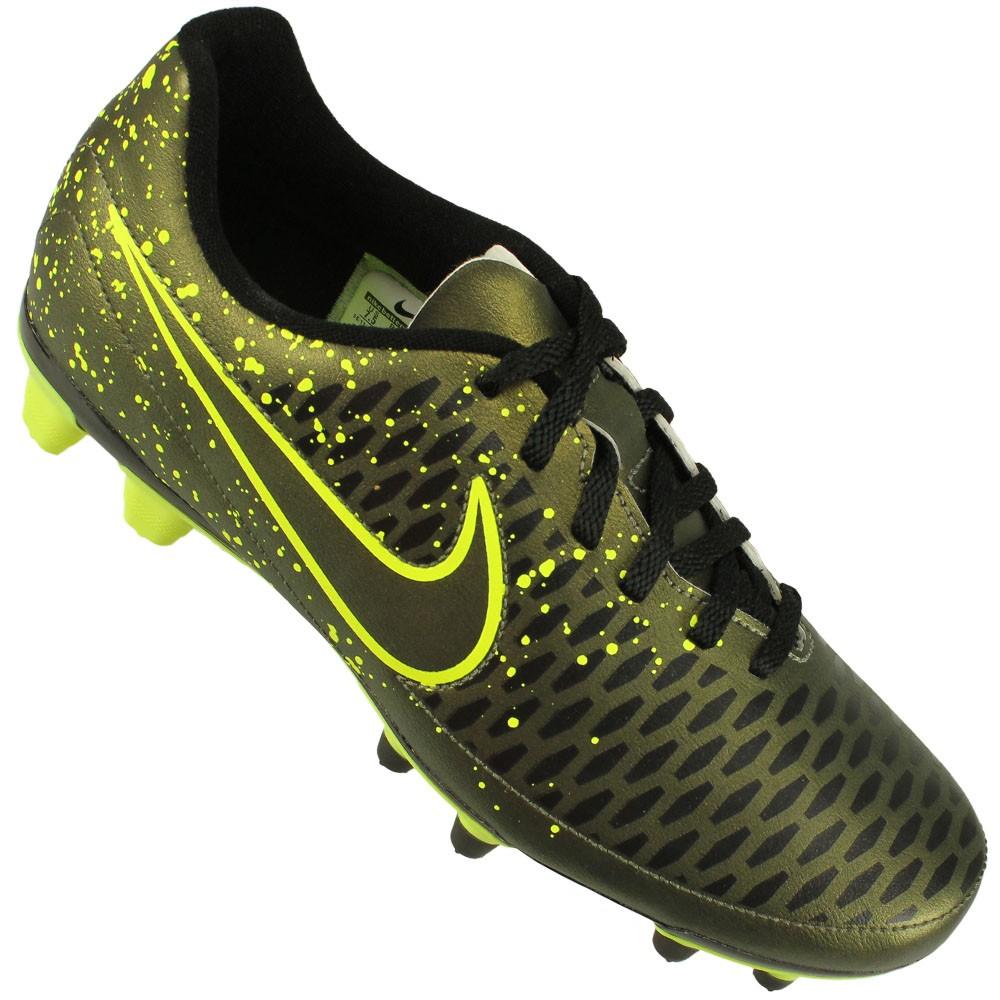 52de8090e5 Chuteira Campo Nike Magista Ola FG