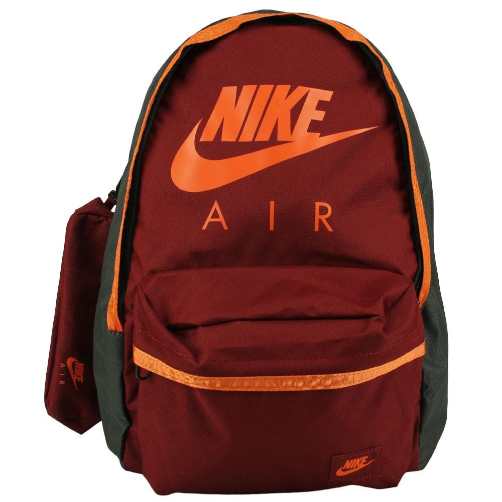 88320f17a Mochila Nike Young Athletes Halfday Graphic Juvenil